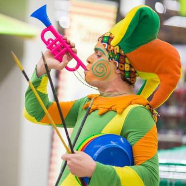 Cirkuška zabava z <br>dvornim norčkom